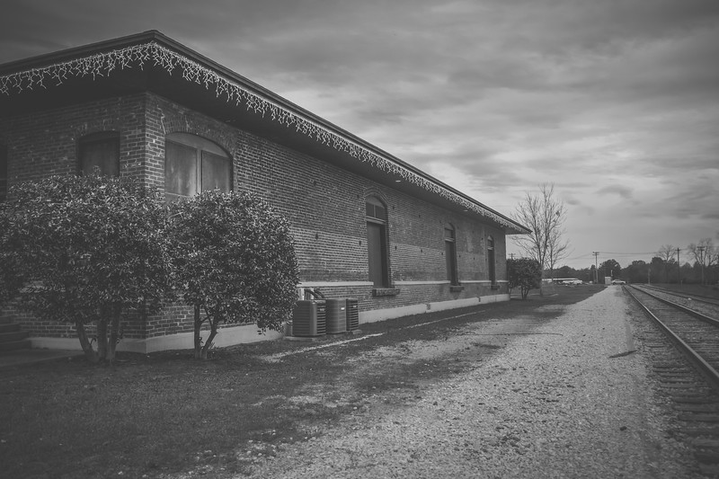 Monochrome Depot