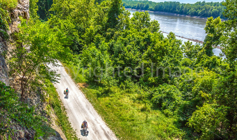 Touring cyclists on Missouri's Katy Trail near Rocheport - C3-0022 - 72 ppi