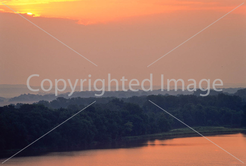 Mississippi River at dawn - Louisiana, Missouri - 3 - 72 ppi