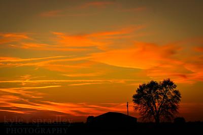 Sunsets in boone county, missouri.  Photo by Kyle Spradley | www.kspradleyphoto.com