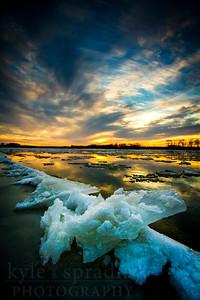 Missouri River Icebergs