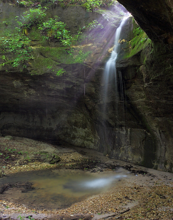 MNB-34: Ghost Falls (Labarque Creek Conservation Area)