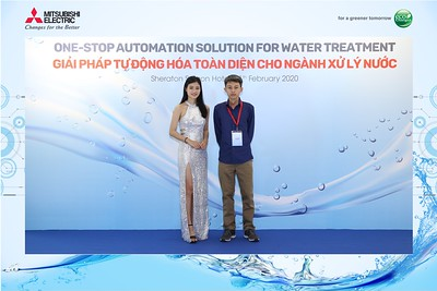 Mitsubishi-Electric-instant-print-photo-booth-Sheraton-Saigon-Chup-hinh-lay-lien-su-kien-WefieBox-Photobooth-Vietnam-11