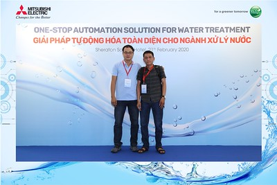 Mitsubishi-Electric-instant-print-photo-booth-Sheraton-Saigon-Chup-hinh-lay-lien-su-kien-WefieBox-Photobooth-Vietnam-15