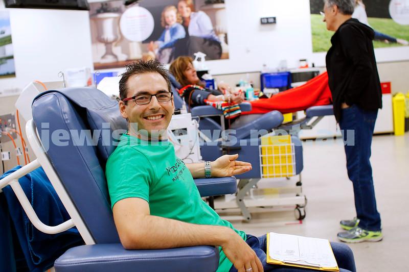 18-11-18. Mitzvah Day 2018. Magen David Adom. Blood drive at the Caulfield Blood Bank. Photo: Peter Haskin