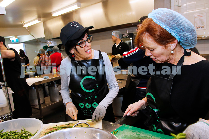 18-11-18. Mitzvah Day 2018. C Care cooking for people in need at Werdiger Hall.  Photo: Peter Haskin