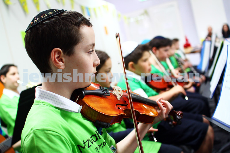 16-11-14. Mitzvah Day, Melbourne 2014. Kehilat Nitzan, luch for seniors.  Members of the Bialik orchestra and choir performing for the guests. Photo: Peter Haskin