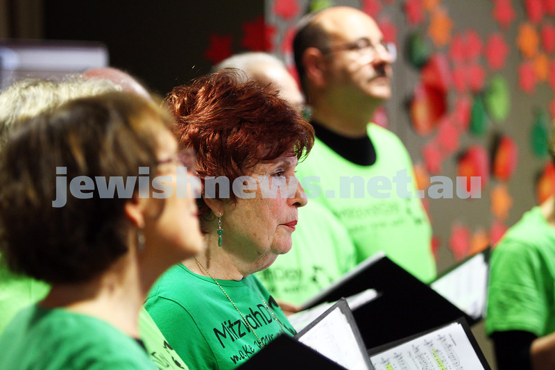16-11-14. Mitzvah Day, Melbourne 2014. Liron putting on a concert for residents at Munzer House . Photo: Peter Haskin