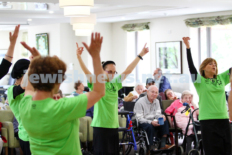 16-11-14. Mitzvah Day 2014. Zooz dance group at Gary Smorgon House. Photo: Peter Haskin