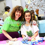 15-11-15. Mitzvah Day. KOGO/IMPACT at Kehilat Nitzan packing gifts for children fleeing domestic violence. . Photo: Peter Haskin