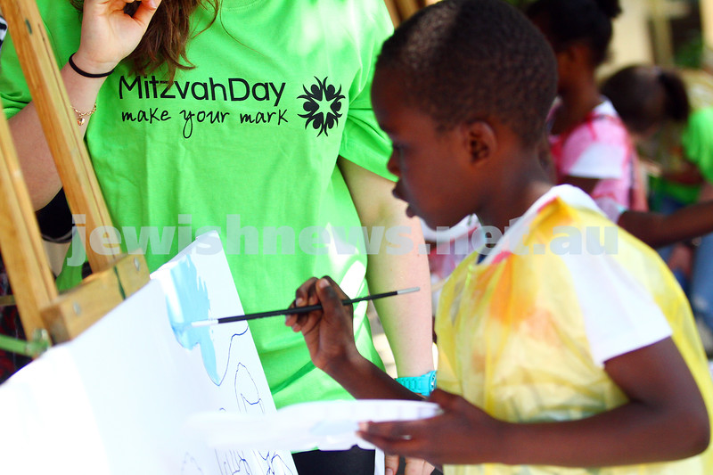 15-11-15. Mitzvah Day. Stand Up/King David School/The Ark. multi cultural family with the Sudanese community. Photo: Peter Haskin