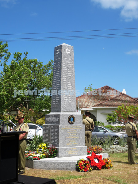 15-11-15. Mitzvah Day. VAJAX monument unveiled at Ripponlea.. Photo: Phoebe Roth