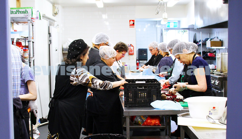 15-11-15. Mitzvah Day. C Care. Cooking food for socially isolated people. Photo: Peter Haskin