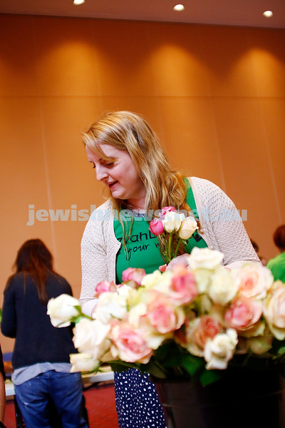 27-11-16. Mitzvah Day. Random act of Flowers at TBI. Photo: Peter Haskin
