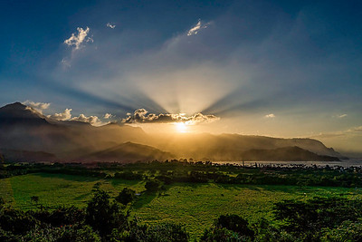 Sunrays over Hanalei