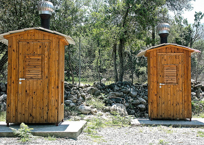 twin-outhouses