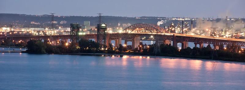 DSC_7943 Hamilton's Skyway Bridge 2560 x 940 no sig