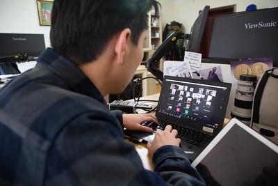 2020 оны арваннэгдүгээр сарын 21. Онлайнаар хичээлээ хийж буй оюутанууд.  ГЭРЭЛ ЗУРГИЙГ Д.ЗАНДАНБАТ/MPA
