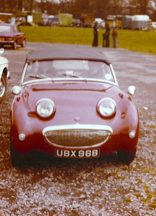 UBX968 (seen here in red but now in BRG on the main photo database) The previous owner from 1972 and current owner now in direct contact swapping photographs and filling in the gaps in the car's history