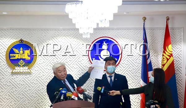 2021 Оны тавдугаар сарын 12. Нийслэлийн АН-ын дарга Э.Бат-Үүл ЗГХЭГ-ын дарга Ц.Нямдоржийн хийсэн мэдэгдэлд хариу тайлбар  хийлээ.  ГЭРЭЛ ЗУРГИЙГ Д.ЗАНДАНБАТ/MPA