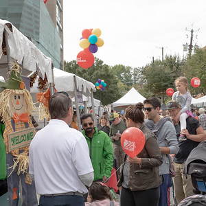 October 5, 2019 - Perfect weather, 60 restaurants, and live music broght out an estimated 40,000 patrons to the 2019 Taste of Bethesda. Photo by Mike Clark/The Montgomery Sentinel