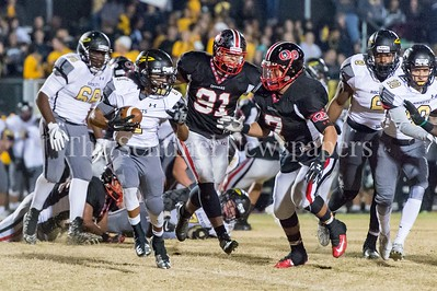 11/19/2016 - Richard Montgomery running back Enrique Zuniga (1) Quince Orchard , ©2016 Jacqui South Photography