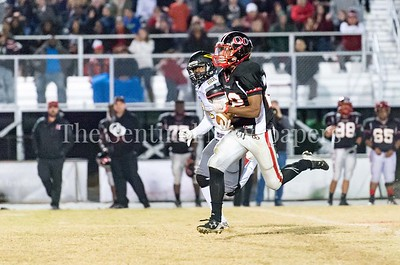 11/19/2016 - Quince Orchard running back Marvin Beander(22) runs in a touchdown in the 3rd quarter, 34-10 making it QO over Richard Montgomery, ©2016 Jacqui South Photography