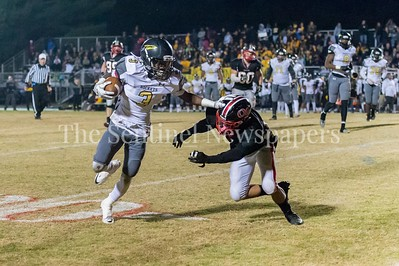 11/19/2016 - Richard Montgomery wide receiver Daryn Alexander (3) gets by defender, ©2016 Jacqui South Photography