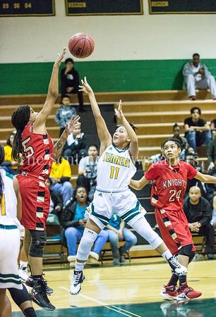 BriannaRoaché (15), JamieQuinto (11), KaylaTaylor (24), 12 12 2016 JF Kennedy v Wheaton Girls Varsity Basketball