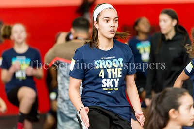 1/7/2017 - Campers warm up during the Skylar Diggins Camp at the Pat the Roc Academy in Rockville, MD, ©2017 Jacqui South Photography