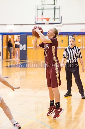 1/19/2017 - Paint Branch Bianca Broda (10) shoots a 3-point shot, ©2017 Jacqui South Photography