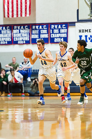 1/26/2017 - Jewish Day's Max Stravitz (44) brings the ball upcourt after a defensive rebound, ©2017 Jacqui South Photography