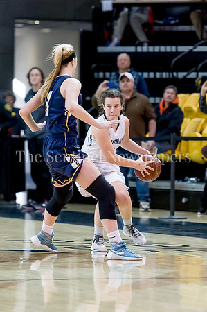 3/11/2017 - Elizabeth Holden brings the ball upcourt in the  Maryland Girls 4A Championship - Catonsville v Whitman, ©2017 Jacqui South Photography