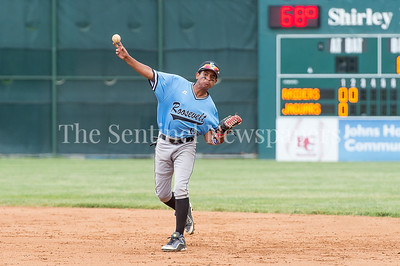 5/23/2017 - Roosevelt 2nd baseman Hector DeLaRosa (11) in the 4A Regional Championship game at Shirley Povic Field,  ©2017 Jacqui South Photography