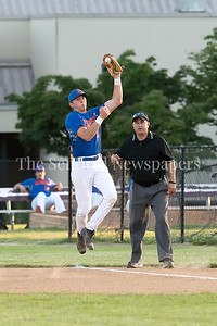 6/9/2017 - Rockville Express 1st baseman Andrew Valichka (7) grabs a bounced grounder to make the play to pitcher Doug Pearl getting out Braves Michael Kuzbel (3) , ©2017 Jacqui South Photography