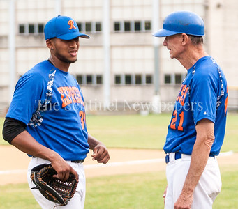 Cesar Capellan (30) chats with Coach Andy Hoy (?) between Innings.  06 22 2017  Rockville Express v D C Grays Baseball