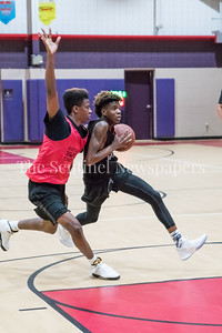 7/10/2017 - Tim Hawkins drives the lane for Blake guarded by Kevin Neal (Gaithersburg), Maryland Elite Summer Basketball, ©2017 Jacqui South Photography