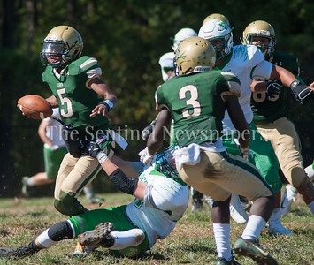 John F Kennedy High School Cavaliers quarterback Joavan Johnson (5) makes a gain on a keeper. 09 23 2017 John F Kennedy High School hosts Walter Johnson High School in Football.