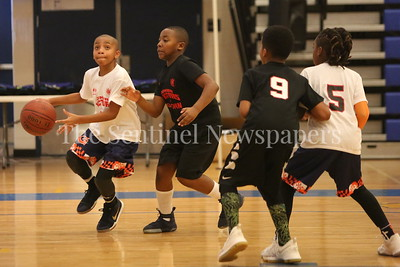 George P. Smith/The Montgomery Sentinel    G-Town's Jaden Thompson (#9) working the baseline.