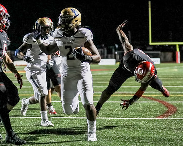 Latrele Palmer opens the scoring for Good Counsel with this touchdown. PHOTO BY MIKE CLARK