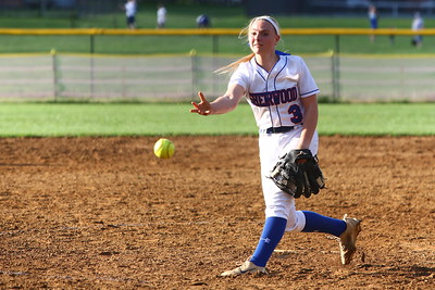 George P. Smith/The Montgomery Sentinel    Sherwood pitcher Samantha Combs (3)