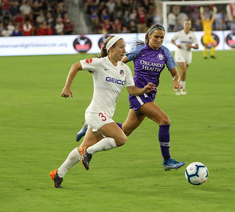 August 24, 2019: Spirit Crystal Thomas (31) gets past Pride defender Shelina Zadorsky (4) during NWSL action between Orlando Pride and Washington Spirit in Washington DC. Photos by Chris Thompkins/Montgomery County Sentinel
