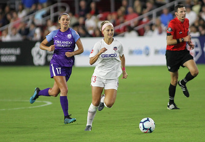 August 24, 2019: Spirit Bayley Feist (13) gains control of an loose ball during NWSL action between Orlando Pride and Washington Spirit in Washington DC. Photos by Chris Thompkins/Montgomery County Sentinel