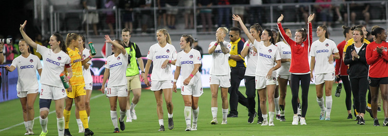 August 24, 2019: Spirit players thank the fans after NWSL action between Orlando Pride and Washington Spirit in Washington DC. Photos by Chris Thompkins/Montgomery County Sentinel