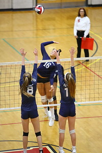 George P. Smith/The Montgomery Sentinel    Magruder's Maya Scott (16) with one of her 15 kills against Bel Air.