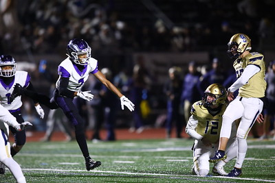 George P. Smith/The Montgomery Sentinel    Gonzaga's Malcolm Terry II (2) blocked Good Counsel's 1st PAT starting the scoreboard off at 6-0. That effort would be for naught by the end of the game.