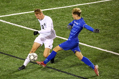 George P. Smith/The Montgomery Sentinel    Walt Whitman's Abe Hoogeveen (3) clears the ball from the penalty area past Leonardtown's Luke Duswalt (7).