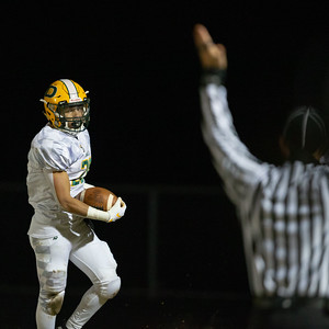 November 29, 2019 - Damascus Quarterback Michael ONeil connects on this 60-yard pass completed and touchdown to #26 Chris Shaw against the Huntingtown defense. Photo by Mike Clark/The Montgomery Sentinel
