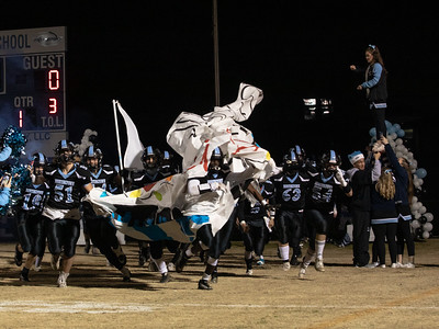 November 29, 2019 - The undefeated and number one seed Huntongtown Hurricanes storm their home field to take on the Damascus Hornets, who are searching for their 11th state championship. Photo by Mike Clark/The Montgomery Sentinel
