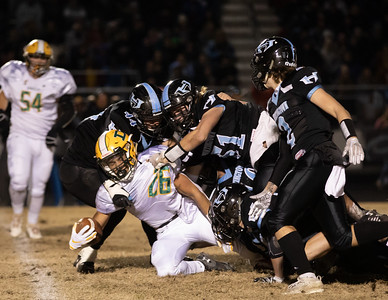 November 29, 2019 - The Huntingtown defense limited Damascus to only 141 yards of rushing on 40 carriers in their 3A 21-14 semi-finals victory. Photo by Mike Clark/The Montgomery Sentinel